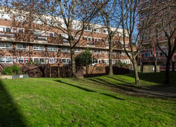 2 bed maisonette for sale in Earlsferry Way, London N1