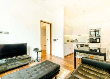 Thumbnail 2 bed flat to rent in Wood Street, Moorgate
