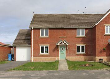 3 bed semi-detached house to rent in Fairway, Fleetwood FY7