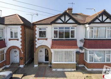Thumbnail 2 bed flat for sale in Eastern Avenue East, Romford
