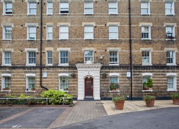 Thumbnail 1 bed flat to rent in Southwark Street, London
