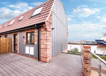 Thumbnail 3 bedroom town house for sale in Riverside Road, Gorleston, Great Yarmouth