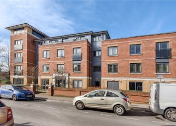 Charlotte Lodge, Archers Road, Eastleigh, Hampshire SO50. 2 bed flat for sale