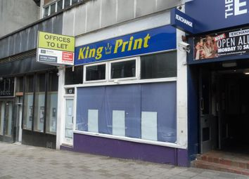 Thumbnail Retail premises to let in 17 King Street, Luton, Bedfordshire