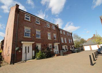 Thumbnail 4 bed town house for sale in Shearwater Road, Hemel Hempstead