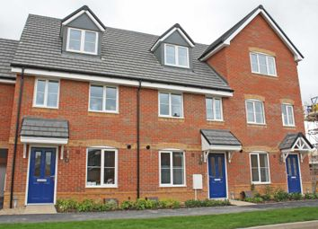 Thumbnail 3 bed town house to rent in Moreland Road, Harwell, Didcot