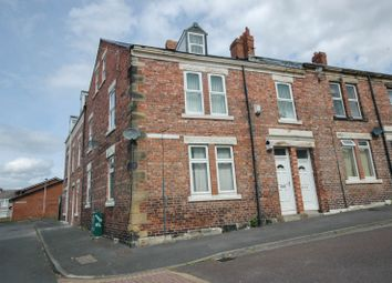 Thumbnail 7 bed maisonette to rent in Woodbine Street, Bensham, Gateshead