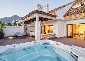 Thumbnail 3 bed apartment for sale in Spain, Costa Del Sol, Marbella, Golden Mile / Marbella Centre, Mrb14379