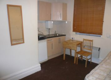 Thumbnail Room to rent in The Grove, Finchley Central London