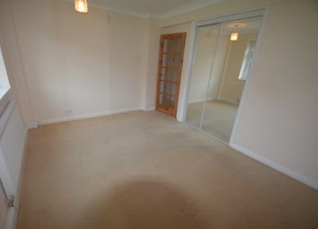 Thumbnail 2 bedroom flat to rent in Lower Warberry Road, Torquay