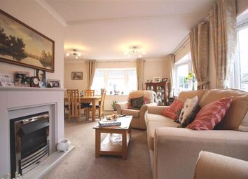 Thumbnail 2 bed mobile/park home for sale in 4, Park Close, Penwortham