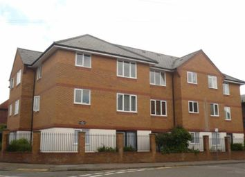 Thumbnail 1 bed flat to rent in Alexandra Court, Alexandra Road, Hemel Hempstead