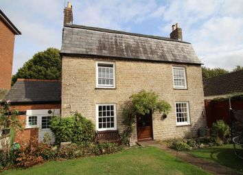 Thumbnail 5 bed cottage for sale in Dammas Lane, Old Town, Swindon