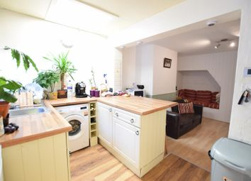 Thumbnail 3 bed property to rent in Gladstone Road, Chesham