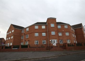 Thumbnail 2 bed flat to rent in Summerton Road, Oldbury, West Midlands