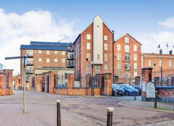 Thumbnail 2 bed flat for sale in Commercial Road, Gloucester