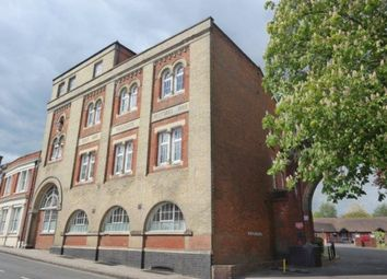 Thumbnail 1 bed flat to rent in Eaglegate, East Hill, Colchester