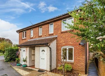 1 bed maisonette to rent in Shaw Drive, Walton On Thames, Surrey KT12