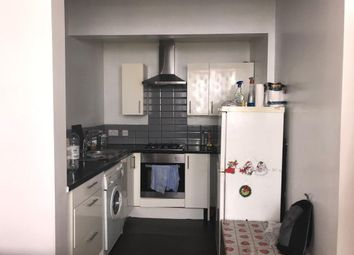 Thumbnail 2 bed flat to rent in De Grey Street, Hull