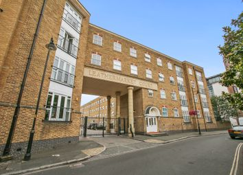 Thumbnail 1 bed flat to rent in Leathermarket Court, London