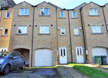 Thumbnail 3 bedroom town house for sale in Dale View, Huddersfield