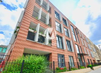Thumbnail 3 bed flat to rent in Akerman Road, London