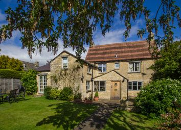 Thumbnail 4 bed cottage to rent in Station Road, Brize Norton, Carterton
