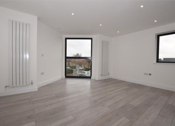 Thumbnail 1 bed flat to rent in Fitzjohn Avenue, Barnet, Hertfordshire