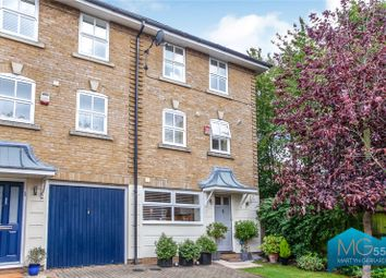 3 bed end terrace house for sale in Viscount Close, Friern Barnet, London N11