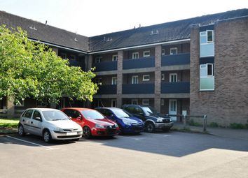 Thumbnail 1 bedroom flat for sale in Aldbury Grove, Welwyn Garden City, Hertfordshire