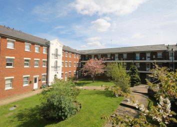 Thumbnail 1 bed flat to rent in Birchett Road, Aldershot