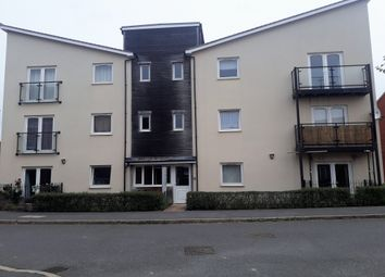 Thumbnail 2 bed flat to rent in The Warren, Aylesbury