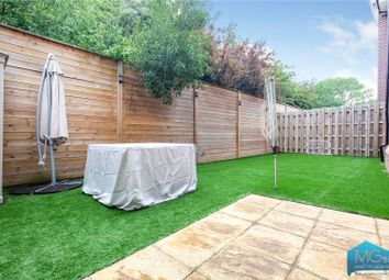 Thumbnail 3 bed flat for sale in Chamberlain Court, 1 Rosebery Place, Mill Hill, London