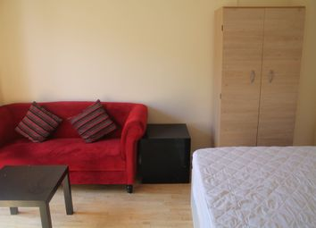 Thumbnail Room to rent in Purdy Street, Bow London