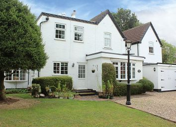Thumbnail 6 bed detached house for sale in Glebe Crescent, Kenilworth