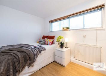 Thumbnail 1 bedroom property to rent in Queensway, London