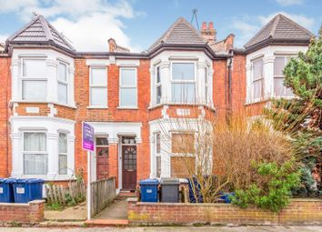 Thumbnail 1 bedroom flat for sale in Squires Lane, Finchley