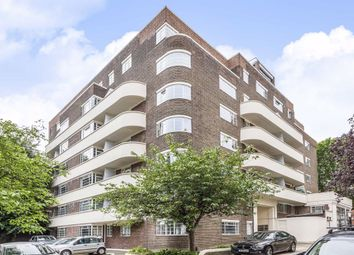 3 bed flat for sale in Sheen Road, Richmond TW9