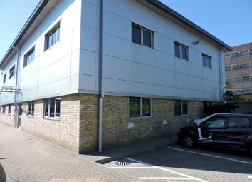 Thumbnail Studio to rent in Grays Court, Segensworth Business Centre, Fareham