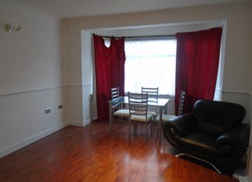 3 bed semi-detached house to rent in Mortlake Road, Ilford IG1