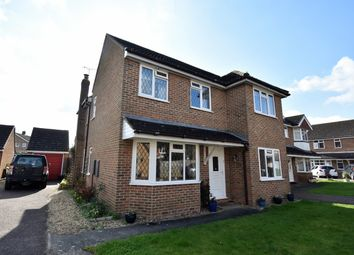 Thumbnail 4 bedroom property to rent in Oliffe Close, Close To Town, Aylesbury