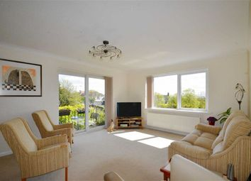 Thumbnail 2 bedroom flat for sale in Chalkwell Avenue, Westcliff-On-Sea, Essex
