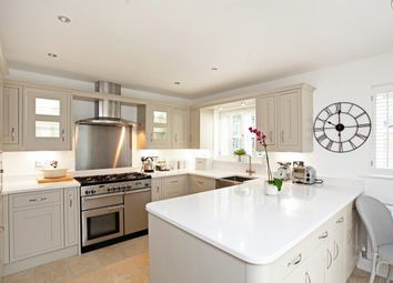 Thumbnail 5 bed detached house to rent in Elgin Gardens, Stratford-Upon-Avon