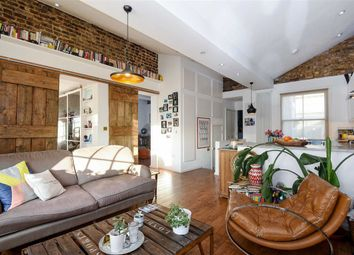 Thumbnail 2 bed flat for sale in Shrubland Road, London