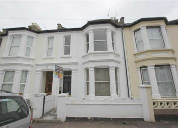 Thumbnail 2 bed flat to rent in Gordon Road, Southend-On-Sea