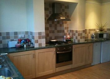Thumbnail Room to rent in St Margarets Road (Room 3), Horsforth, Leeds