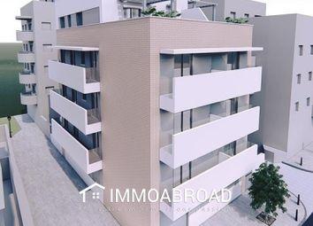 Thumbnail 2 bed apartment for sale in 29640 Fuengirola, Málaga, Spain