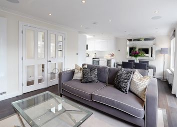Thumbnail 2 bed flat to rent in Peony Court, Park Walk, Chelsea