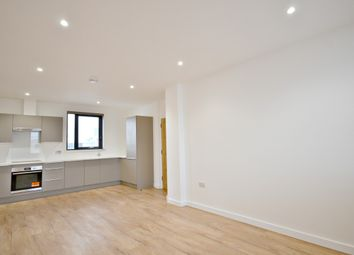 Thumbnail 2 bedroom flat to rent in The Grove, Slough