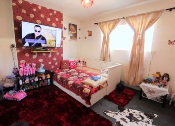 Thumbnail 1 bed flat for sale in Orsett Road, Grays